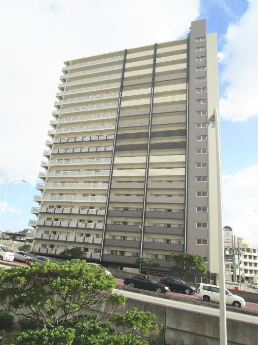 プレサンズロジェ牧港レーヴタワー(19階・最上階・2LDK)
