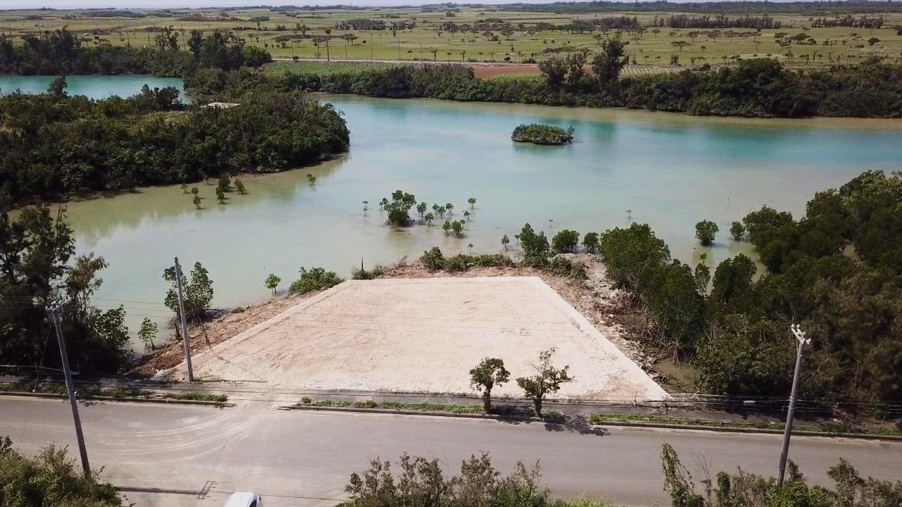 宮古島市伊良部島の海が目の前の売土地