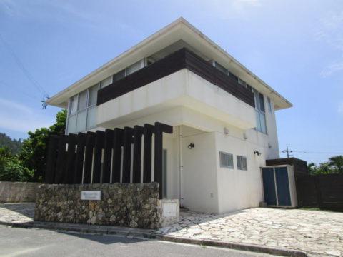 恩納村の売別荘・売ペンション(家具・家電付)